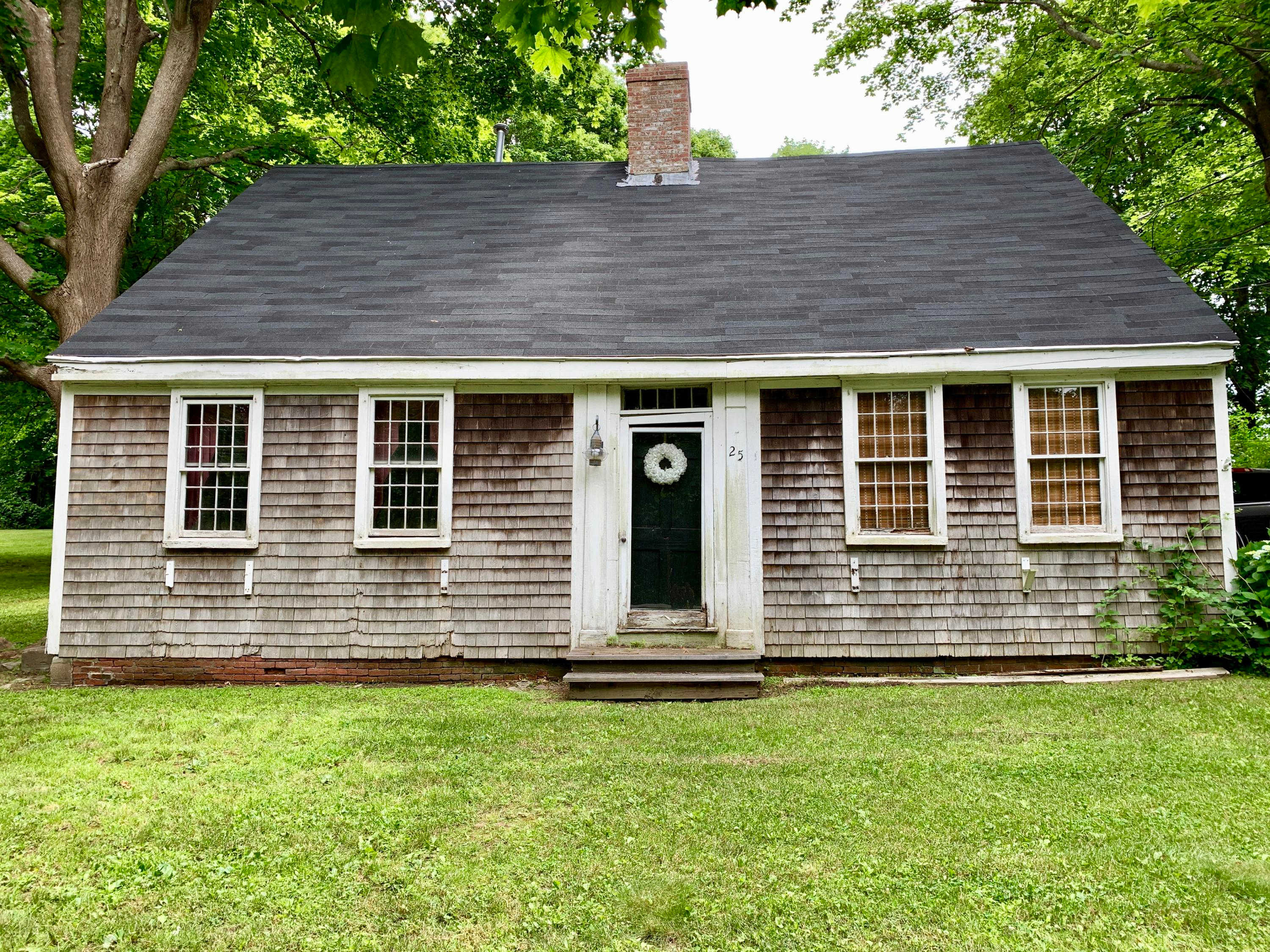 25 Water Street, Sandwich, MA 02563 now has a new price of $340,000!