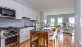 394 Commercial Street #2, Provincetown, MA 02657