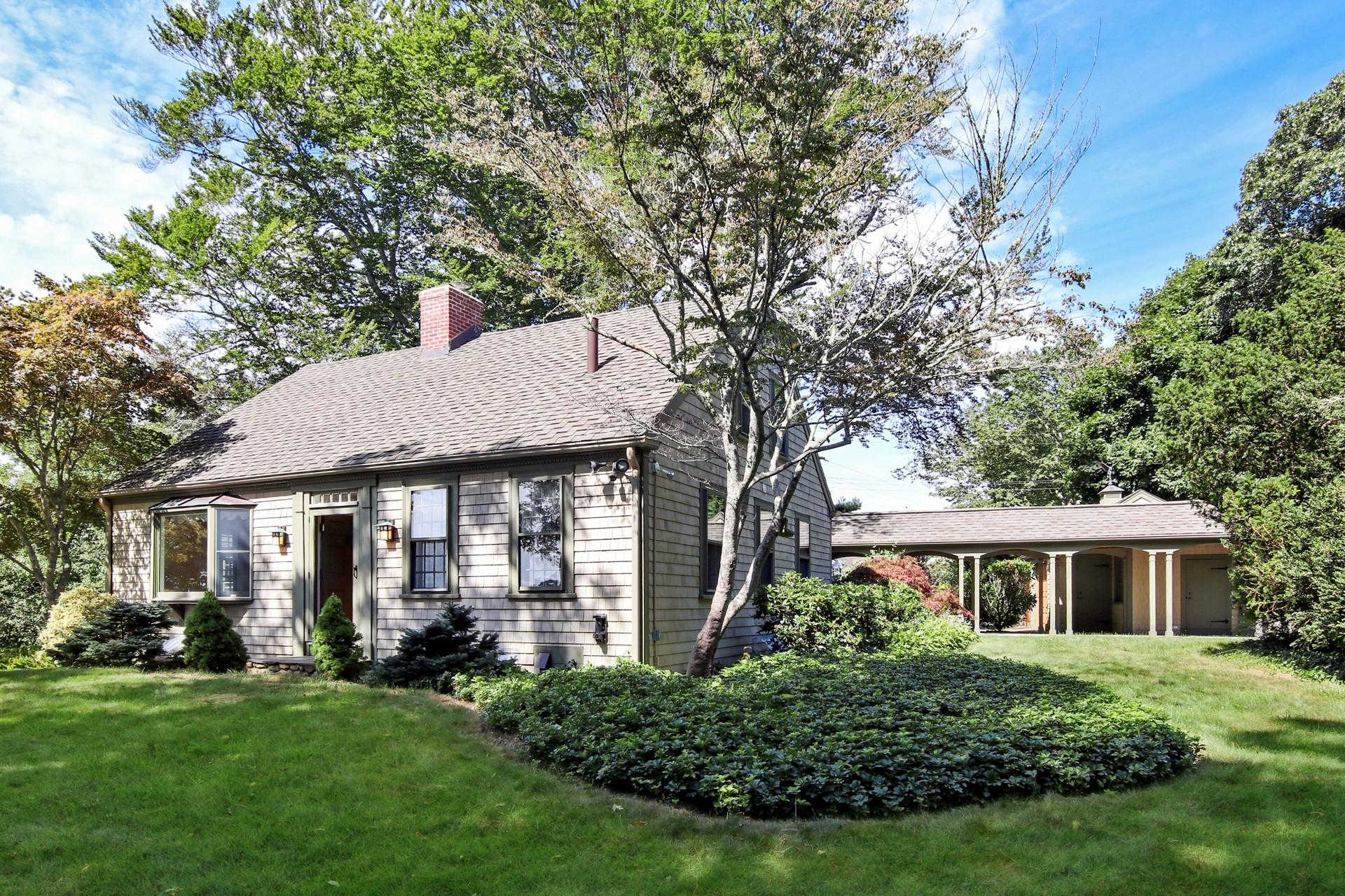 124 Siders Pond Road, Falmouth, MA 02540 now has a new price of $1,125,000!