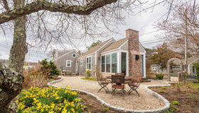 7 Cemetery Road, Provincetown, MA 02657