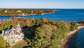 39 Juniper Point Road #south, Woods Hole, MA 02543