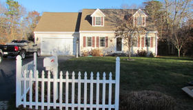 61 Fox Hill Road, Mashpee, MA 02649