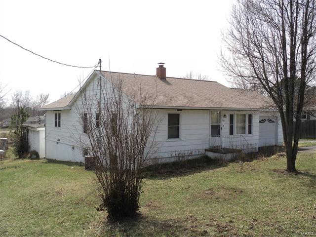 Another Property Sold - 992 Chestnut, Bourbon, MO 65441