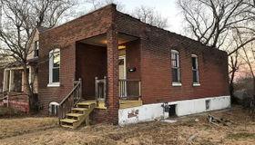 5381 Saint Louis Avenue, St Louis, MO 63120