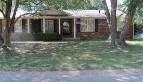 5316 Dixon Drive, Godfrey, IL 62035