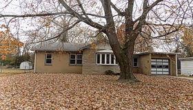 814 Southmoor Place, Godfrey, IL 62035