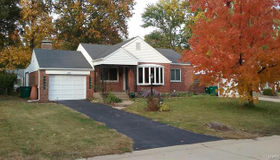 219 Sunningwell Drive, Webster Groves, MO 63119