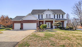 101 South Lindenwood Drive, Collinsville, IL 62234