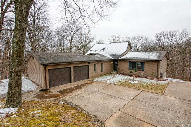 Another Property Sold - 4 Oak Forest Court, St Charles, MO 63303