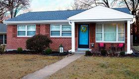 8720 Bridgeport Avenue, Brentwood, MO 63144