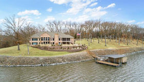 30 Arrowhead Circle, Litchfield, IL 62056