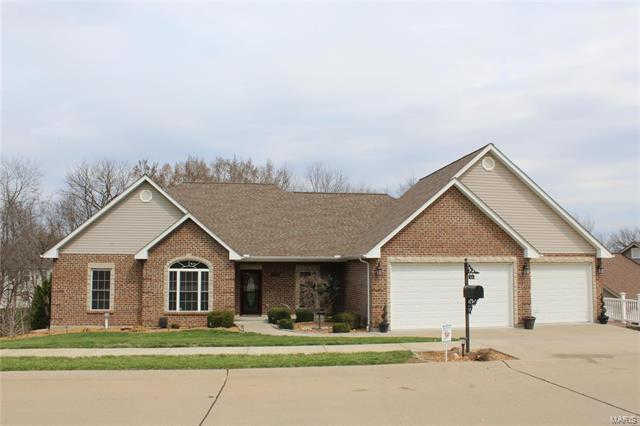 2009 Weber Heights Drive, Washington, MO 63090 now has a new price of $385,000!