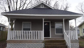 48 Harnett Avenue, Wood River, IL 62095