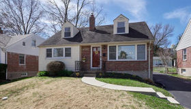 9706 Graystone Terr, St Louis, MO 63119