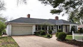 316 Honeysuckle Lane, Webster Groves, MO 63119