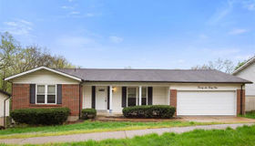 2634 Blackforest Drive, St Louis, MO 63129