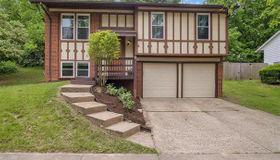 1638 Prestonpark Lane, St Louis, MO 63146
