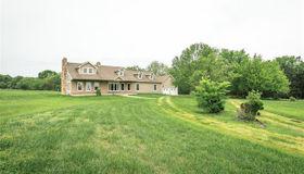 189 Harrison Farm Road, Bourbon, MO 65441