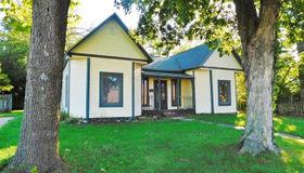 222 Church, Sullivan, MO 63080
