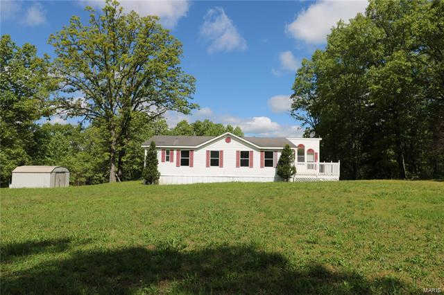 133 Deer, Bourbon, MO 65441 is now new to the market!
