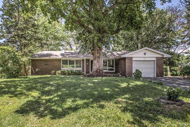 Another Property Sold - 305 Oriole Drive, St Charles, MO 63301