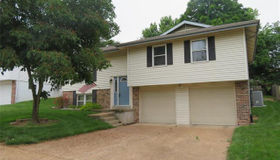 3629 Lemay Woods, St Louis, MO 63129