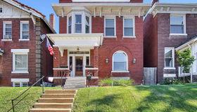 3935 Flad Avenue, St Louis, MO 63110