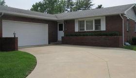 4708 Dadrian Drive, Godfrey, IL 62035