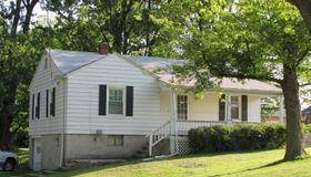 710 Crestwood Drive, Godfrey, IL 62035