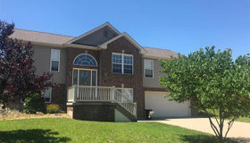 3004 Thoroughbred Drive, Washington, MO 63090