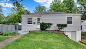 868 Liggett Avenue, St Louis, MO 63126