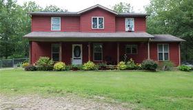 282 North Hobby Hut, Leasburg, MO 65535