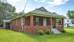 1402 North Harrison Street, Litchfield, IL 62056
