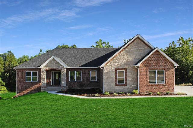 626 Winged Foot Court, Washington, MO 63090 is now new to the market!