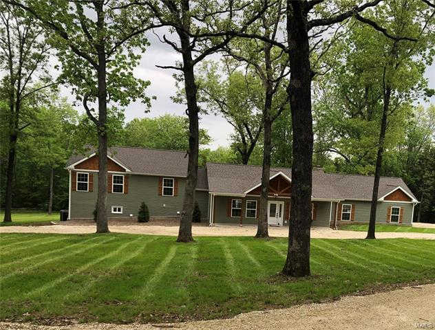 4416 Orchard Road, New Haven, MO 63068 is now new to the market!