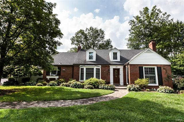 38 Tulip Drive, Webster Groves, MO 63119 now has a new price of $439,000!