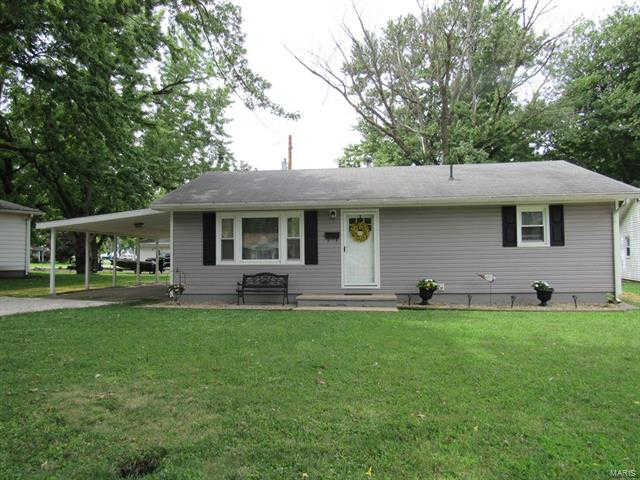 Another Property Sold - 102 Circle Drive, Jerseyville, IL 62052