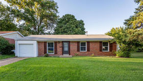 1425 Fox Run Drive, Florissant, MO 63033