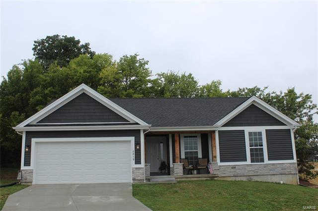 2919 Shirley Close, Washington, MO 63090 is now new to the market!