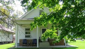214 East Elm Street, Gillespie, IL 62033