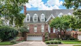 211 North Bemiston Avenue, Clayton, MO 63105