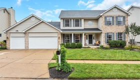 233 Harbour Pointe Drive, Grover, MO 63040