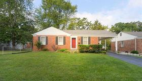 22 Chestnut Hill, St Louis, MO 63119