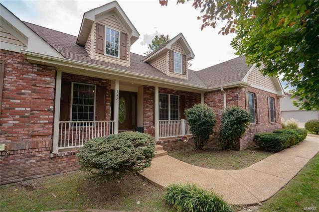 342 Lake View Drive, Washington, MO 63090 is now new to the market!