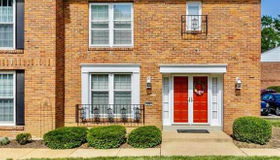 890 Judson Manor, St Louis, MO 63141