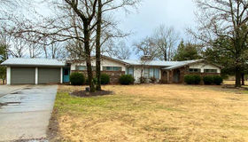 12390 Country Club Drive, Rolla, MO 65401
