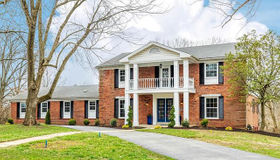 105 Carriage Square, St Louis, MO 63141