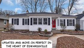 1422 Grand Avenue, Edwardsville, IL 62025