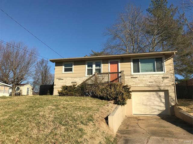 346 Fair Street, Washington, MO 63090 is now new to the market!