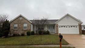 1931 Red Clover Dr, Florissant, MO 63031
